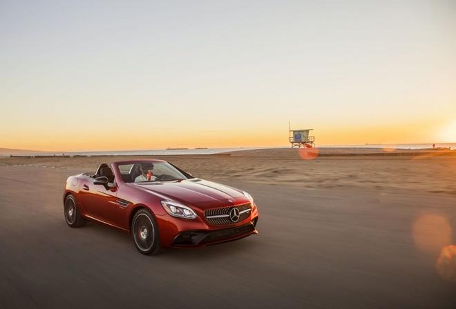 Mercedes-AMG SLC 43 2019 nang cap suc manh hinh anh 3