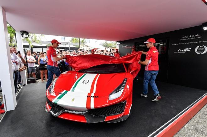 Sieu xe Ferrari 488 Pista ra mat phien ban dac biet hinh anh
