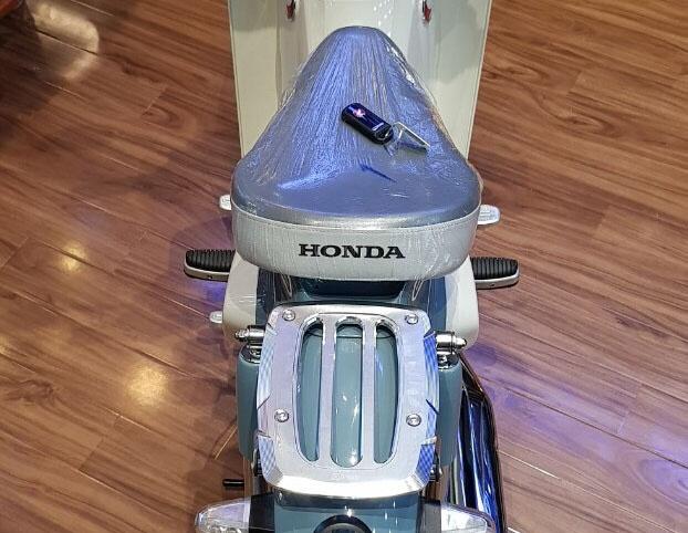Honda Super Cub C125 dau tien ve Viet Nam, gia gan 100 trieu hinh anh 6