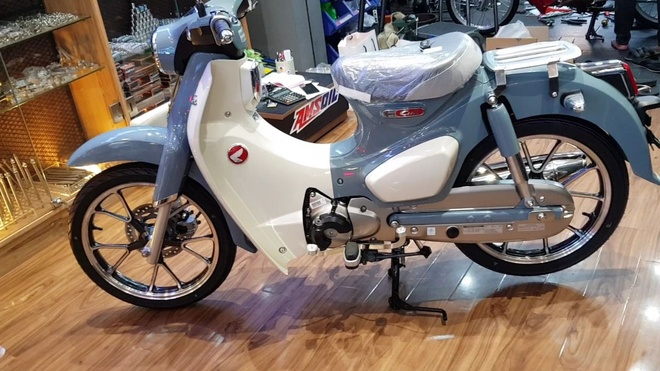Honda Super Cub C125 dau tien ve Viet Nam, gia gan 100 trieu hinh anh