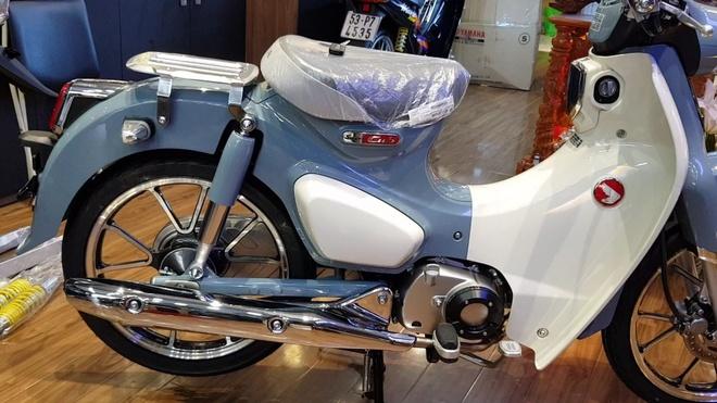Honda Super Cub C125 dau tien ve Viet Nam, gia gan 100 trieu hinh anh 2