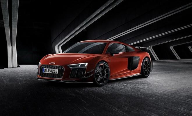 Audi R8 V10 Plus phien ban sieu gioi han lo dien hinh anh