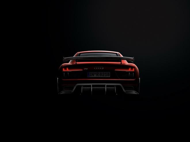 Audi R8 V10 Plus phien ban sieu gioi han lo dien hinh anh 3