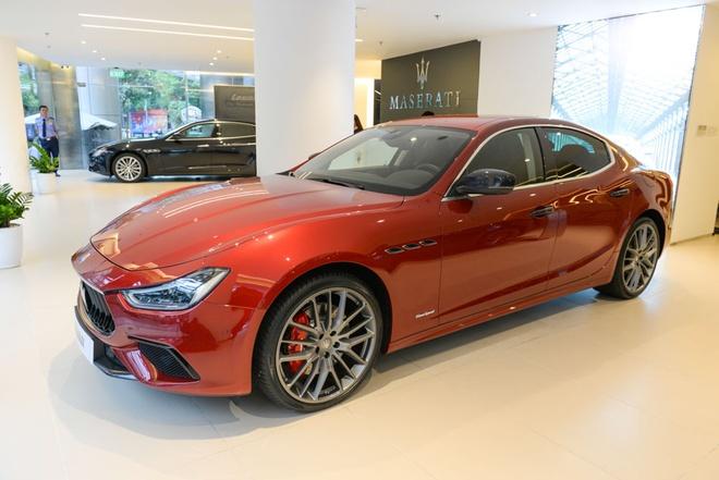 Maserati Ghibli GranSport 2018 dau tien xuat hien tai Viet Nam hinh anh