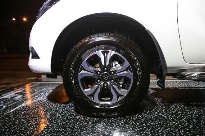 Mazda BT-50 huong thue nhap khau 0% ve VN voi nhieu nang cap moi hinh anh 6