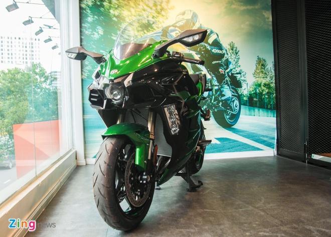 Sieu moto phuot Kawasaki Ninja H2 SX SE dau tien ve Viet Nam hinh anh