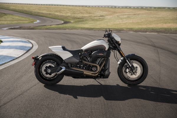 Harley-Davidson FXDR 114 2019 ra mat, nhanh nhat trong dong Softail hinh anh 4