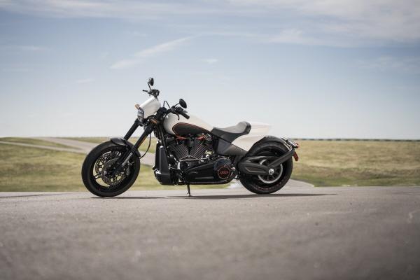 Harley-Davidson FXDR 114 2019 ra mat, nhanh nhat trong dong Softail hinh anh 6