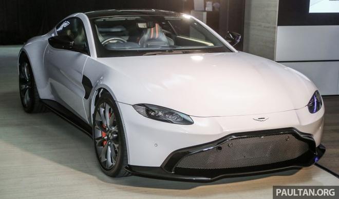 Aston Martin V8 Vantage 2018 gia tu 390.000 USD tai Malaysia hinh anh
