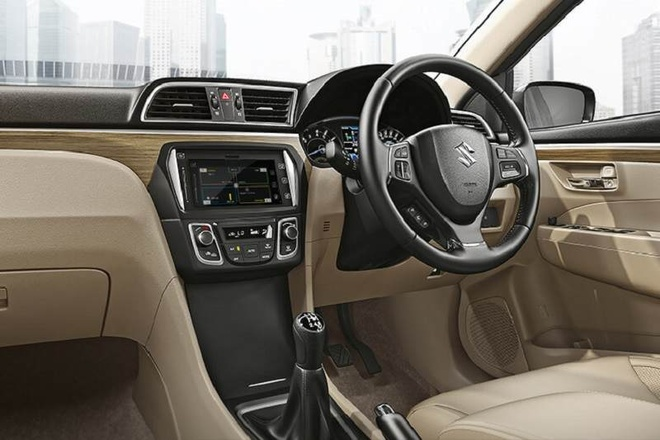 Suzuki Ciaz 2018 duoc nang cap, trang bi dong co 1,5 lit hinh anh 5