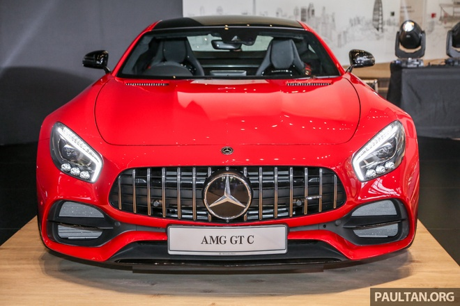 Mercedes-AMG GT C ra mat tai Malaysia, gia hon 355.000 USD hinh anh
