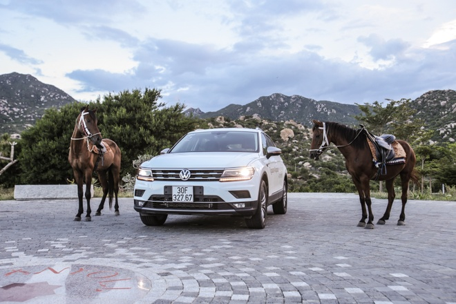 Danh gia Volkswagen Tiguan Allspace: Thuc dung, on dinh hinh anh