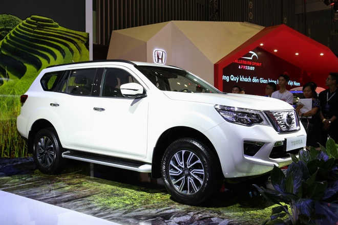 Chi tiet Nissan Terra, doi thu Toyota Fortuner o Viet Nam hinh anh