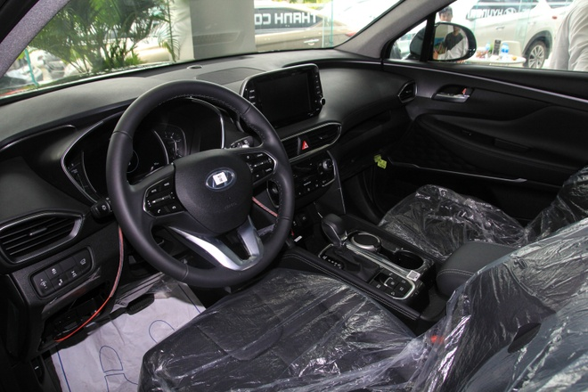 Hyundai SantaFe dau tien ve dai ly tai TP.HCM, cat nhieu trang bi hinh anh 5