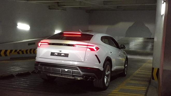 Minh 'nhua' mua Lamborghini Urus anh 5