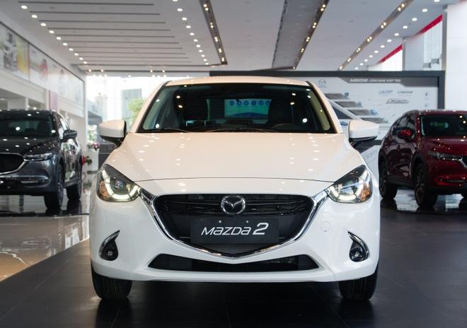 Chi tiet Mazda2 moi vua ve dai ly tai Ha Noi hinh anh