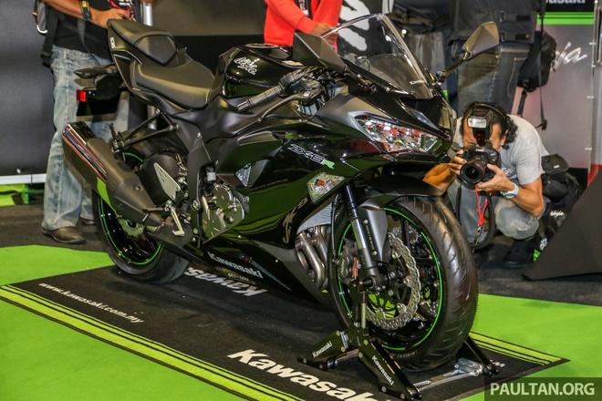 Kawasaki Ninja ZX-10RR va ZX-6R 2019 cap ben Dong Nam A hinh anh 7