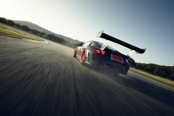 Porsche 911 GT2 RS ban duong dua gia gan nua trieu USD hinh anh 8