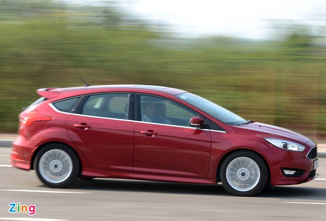 Ford lien tiep trieu hoi xe tai Viet Nam trong nam 2018 hinh anh 3