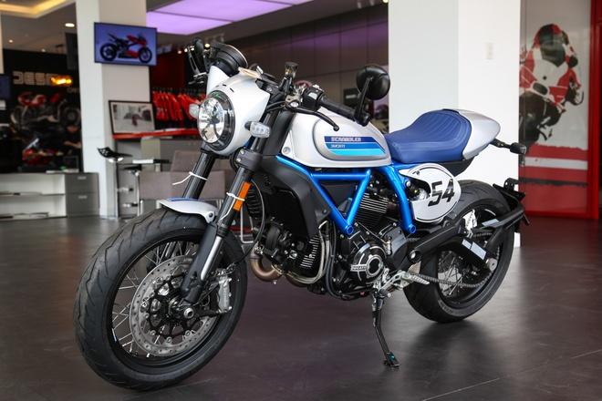 Ducati Scrambler Cafe Racer 2019 chinh hang ve VN, gia hon 400 trieu hinh anh