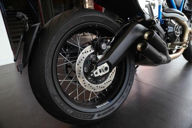 Ducati Scrambler Cafe Racer 2019 chinh hang ve VN, gia hon 400 trieu hinh anh 9