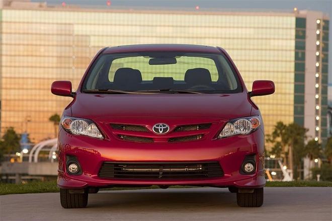 Toyota trieu hoi them 1,7 trieu xe vi loi tui khi Takata hinh anh