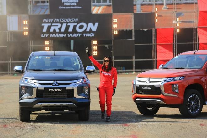 Chi tiet ban tai Mitsubishi Triton 2019 vua ra mat tai VN hinh anh