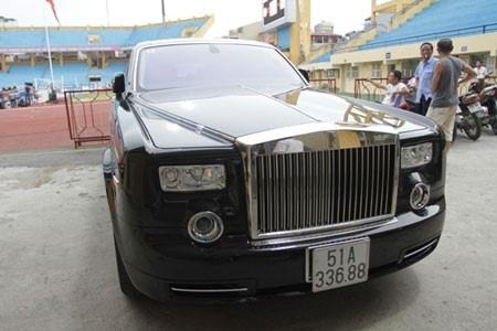 'Sieu pham' tu quy 7 va nhung chiec Rolls-Royce dinh dam nhat VN hinh anh 3
