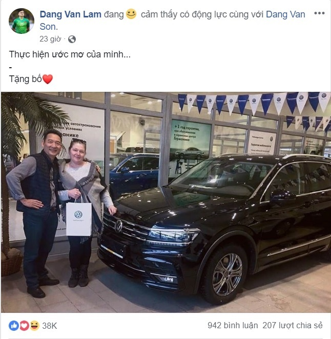 Thu thanh Dang Van Lam mua xe Duc tang bo me o Nga hinh anh 1