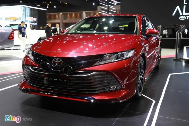 Toyota Camry giam gia manh, don kho don the he moi hinh anh 2