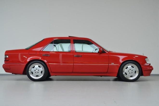 Mercedes E60 AMG 500E hon 20 tuoi hang hiem, gia gan 170.000 USD hinh anh 6