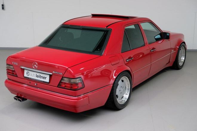 Mercedes E60 AMG 500E hon 20 tuoi hang hiem, gia gan 170.000 USD hinh anh 4