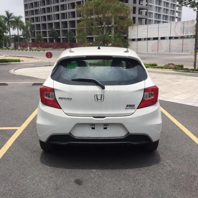 Honda Brio o at cap ben dai ly truoc ngay ra mat hinh anh 8