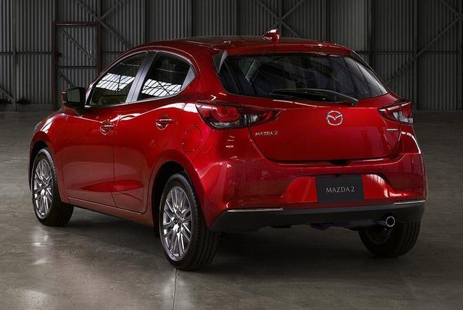 Mazda 2 ban nang cap thay doi ngoai hinh, them cong nghe an toan hinh anh 5