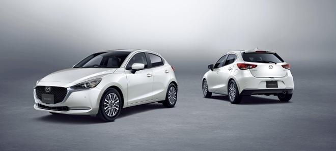 Mazda 2 ban nang cap thay doi ngoai hinh, them cong nghe an toan hinh anh 9
