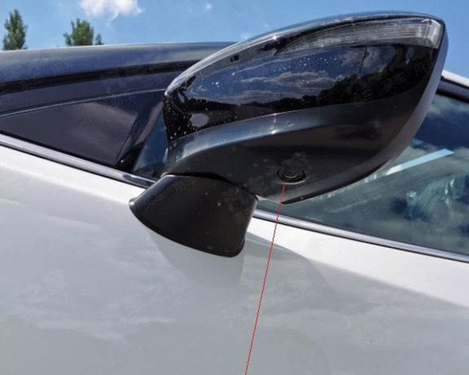 Mazda CX-4 facelift lo dien, ngoai hinh kha giong Mazda CX-30 hinh anh 3