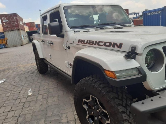 Ban tai Jeep Gladiator Rubicon 2020 ve VN anh 4