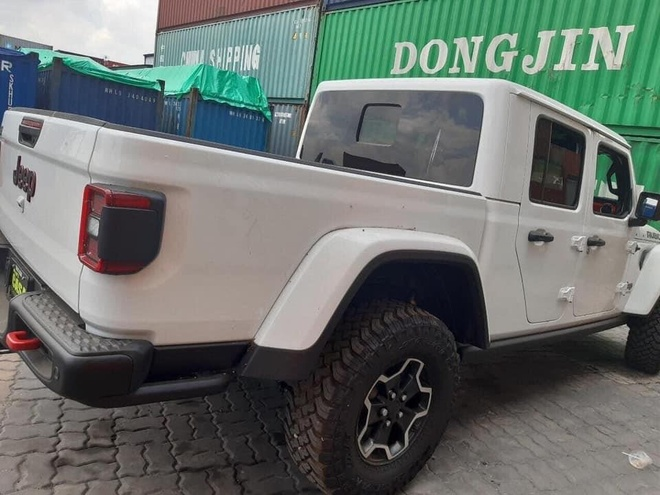 Ban tai Jeep Gladiator Rubicon 2020 ve VN anh 5