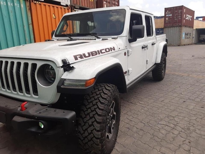 Ban tai Jeep Gladiator Rubicon 2020 ve VN anh 2
