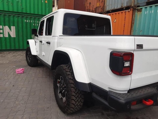 Ban tai Jeep Gladiator Rubicon 2020 ve VN anh 7