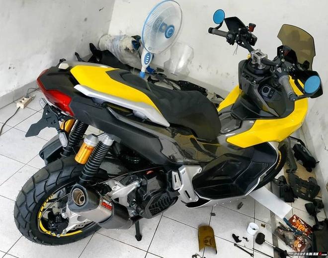 Ngam Honda ADV 150 ban do ngoai hinh carbon anh 7