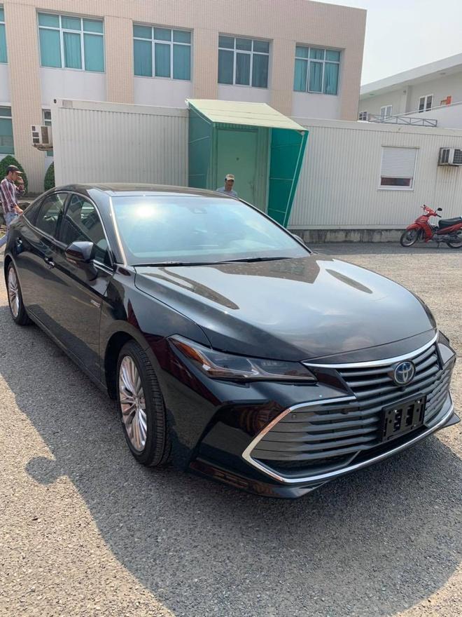 Toyota Avalon Hybrid Limited 2020 ve Viet Nam, gia gan 4 ty dong hinh anh 1 80262200_2490232104590885_3175681273720995840_n.jpg
