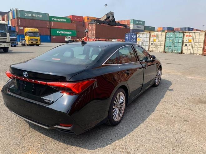 Toyota Avalon Hybrid Limited 2020 ve Viet Nam, gia gan 4 ty dong hinh anh 3 81091642_3083955518496427_913686212697391104_n.jpg