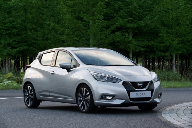Nissan March the he moi se do Renaul che tao anh 2