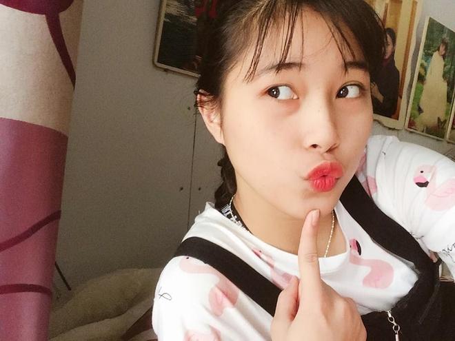 Hot girl Thu Huyen, 'nhac truong' doi bong chuyen U19 Viet Nam hinh anh 7