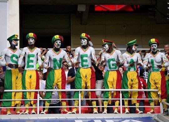 Nhat Ban vs Senegal: Hap dan tu tren san bong den khan dai hinh anh 3