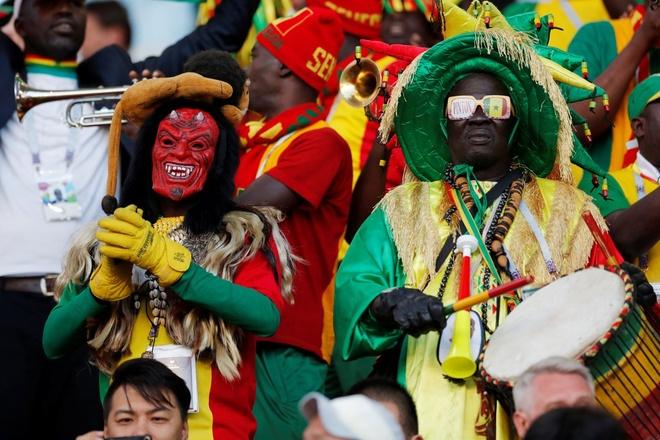 Nhat Ban vs Senegal: Hap dan tu tren san bong den khan dai hinh anh 5