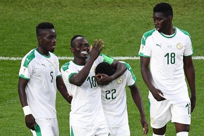 Nhat Ban vs Senegal: Hap dan tu tren san bong den khan dai hinh anh 4