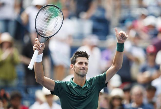 Djokovic khoi dau vat va tai Rogers Cup hinh anh
