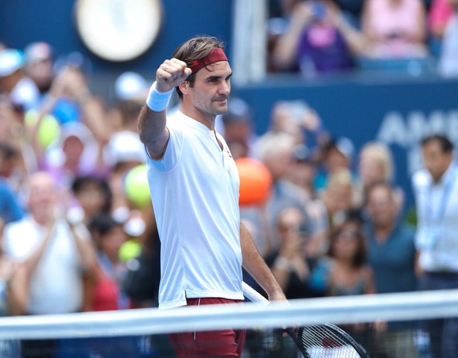 Federer the hien ban linh khi vuot ai Paire tai vong 2 My mo rong hinh anh